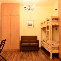 Хостел Белокоричи Кровать в общем номере фото 9