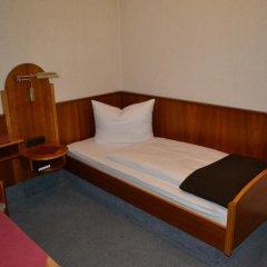 Hotel Walfisch 2* Стандартный номер с различными типами кроватей фото 4