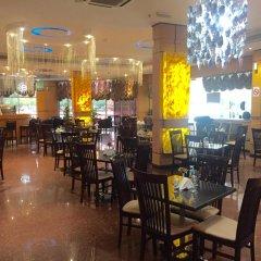 Отель Smana Al Raffa Дубай гостиничный бар