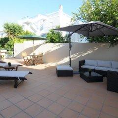 Отель Villa Prana Guest House бассейн