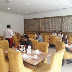 Отель Royal Falcon Дубай питание фото 2
