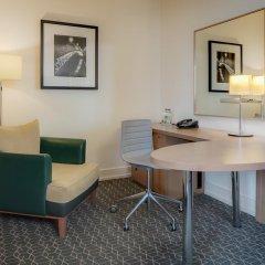Отель Hilton Dublin Kilmainham 4* Номер Делюкс с различными типами кроватей фото 4