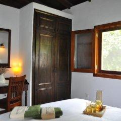 Отель Casa Rural DoÑa Herminda Ла-Матанса-де-Асентехо удобства в номере