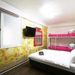 Отель Apple Backpackers 2* Стандартный семейный номер с различными типами кроватей фото 3