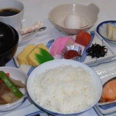 Отель Japanese Ryokan Kashima Honkan Фукуока питание