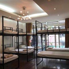Hanoi Light Hostel Кровать в общем номере с двухъярусной кроватью