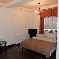 Отель Gotyk House 3* Стандартный семейный номер с двуспальной кроватью фото 6