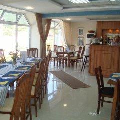 Отель Eagle Rock Complex Болгария, Боровец - отзывы, цены и фото номеров - забронировать отель Eagle Rock Complex онлайн питание фото 2