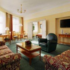 Гостиница Марриотт Москва Гранд 5* Люкс-студио с различными типами кроватей фото 5