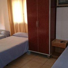 Отель Pensión Ayuntamiento Испания, Аликанте - отзывы, цены и фото номеров - забронировать отель Pensión Ayuntamiento онлайн комната для гостей фото 3
