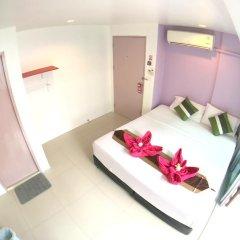 Отель The Room Patong 2* Номер Делюкс с различными типами кроватей фото 16