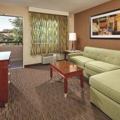 Отель La Quinta Inn & Suites San Diego SeaWorld/Zoo Area 2* Люкс с различными типами кроватей фото 3