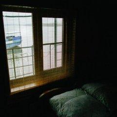 Гостиница Дебаркадер базы отдыха Мастер Стандартный номер с 2 отдельными кроватями фото 3