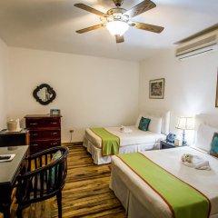 Отель Altamont West Hotel Ямайка, Монтего-Бей - отзывы, цены и фото номеров - забронировать отель Altamont West Hotel онлайн комната для гостей фото 4
