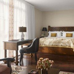 Отель Plaza la Reina 4* Полулюкс с различными типами кроватей