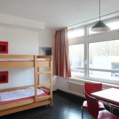 Отель Jugendherberge-Berlin-International Кровать в мужском общем номере с двухъярусной кроватью фото 3