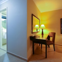 Best Western Plus Accra Beach Hotel 3* Стандартный номер с различными типами кроватей фото 3