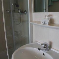 Hotel Engelbertz 2* Стандартный номер с различными типами кроватей фото 7