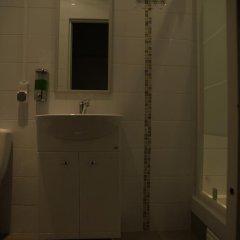 Breeze Hostel Кровать в общем номере с двухъярусной кроватью фото 8