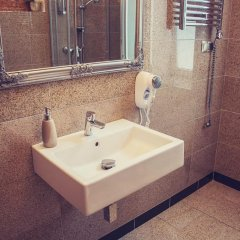Отель Lódzki Palacyk Польша, Лодзь - отзывы, цены и фото номеров - забронировать отель Lódzki Palacyk онлайн ванная