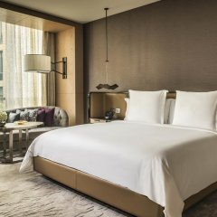 Отель Four Seasons Dubai International Financial Center 5* Номер Делюкс фото 4