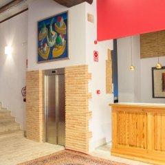 Отель Ad Hoc Carmen Испания, Валенсия - отзывы, цены и фото номеров - забронировать отель Ad Hoc Carmen онлайн интерьер отеля фото 3