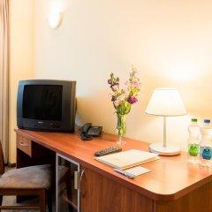 Sangate Hotel Airport 3* Улучшенные апартаменты с различными типами кроватей фото 5