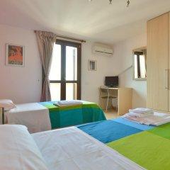 Отель Amarcord B&B Стандартный номер с 2 отдельными кроватями (общая ванная комната) фото 3