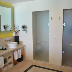 Отель Grand Park Royal Luxury Resort Cancun Caribe ванная фото 3