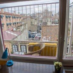 Хостел Shantihome Турция, Измир - отзывы, цены и фото номеров - забронировать отель Хостел Shantihome онлайн балкон