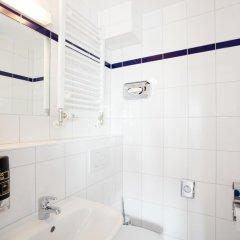 Отель a&o München Laim ванная фото 2