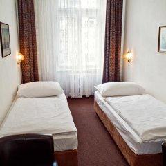 Hotel Meran 3* Стандартный номер с двуспальной кроватью фото 15