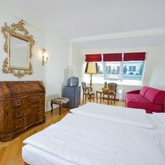 Hotel Royal 4* Улучшенный номер с разными типами кроватей фото 9