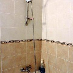 Отель Zambas Court ванная фото 2