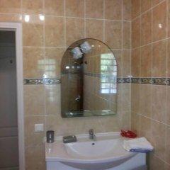 Отель Residence Les Cocotiers Французская Полинезия, Папеэте - отзывы, цены и фото номеров - забронировать отель Residence Les Cocotiers онлайн ванная