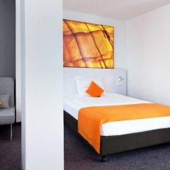 Отель Wyndham Garden Düsseldorf City Centre Königsallee 4* Стандартный номер с двуспальной кроватью