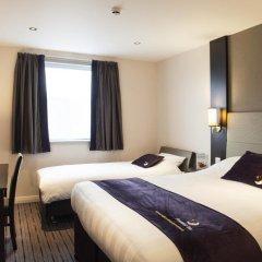 Отель Premier Inn Glasgow Pacific Quay комната для гостей фото 8