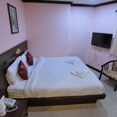 Отель Hollywood Inn Love 3* Номер категории Эконом с двуспальной кроватью фото 6