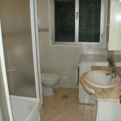 Отель JQC Rooms 2* Стандартный номер с двуспальной кроватью (общая ванная комната) фото 3