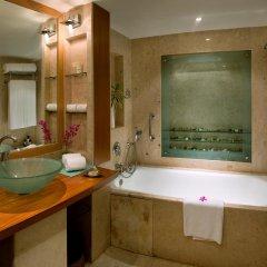 Отель The LaLiT Mumbai 5* Номер Делюкс с различными типами кроватей фото 3