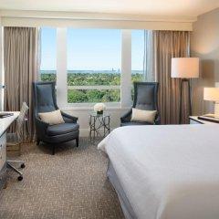 Отель Fontainebleau Miami Beach 4* Номер Делюкс с двуспальной кроватью фото 3