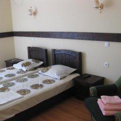 Гостиница Guest House Orekhovaya Roscha в Анапе отзывы, цены и фото номеров - забронировать гостиницу Guest House Orekhovaya Roscha онлайн Анапа комната для гостей фото 3
