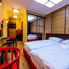 Hostel & Lux Victoria Стандартный номер с 2 отдельными кроватями фото 5