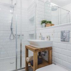 Отель Baker Street Польша, Варшава - отзывы, цены и фото номеров - забронировать отель Baker Street онлайн ванная фото 2