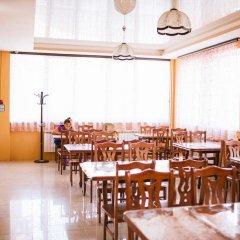 Гостиница Baza otdykha Goryachinsk в Горячинске отзывы, цены и фото номеров - забронировать гостиницу Baza otdykha Goryachinsk онлайн Горячинск питание фото 2