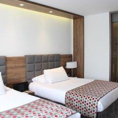 Porton Medellin Hotel 4* Номер категории Эконом с двуспальной кроватью
