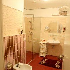 Отель Moon Garden Art ванная