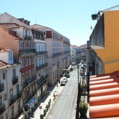 Отель Inn Chiado Кровать в общем номере с двухъярусной кроватью фото 4