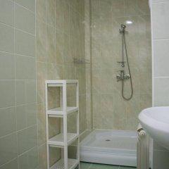 Leon Hotel 3* Стандартный номер разные типы кроватей фото 18