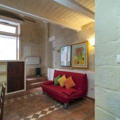 Отель Dimora dei Baroni Лечче комната для гостей фото 4